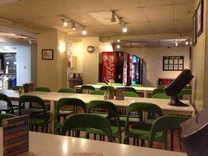 ワシントンDC宿の食堂