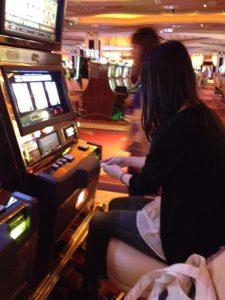カジノをするぱらげ